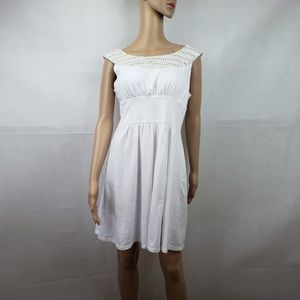 Mark White Boat Neck Sleeveless Mini Dress Size L